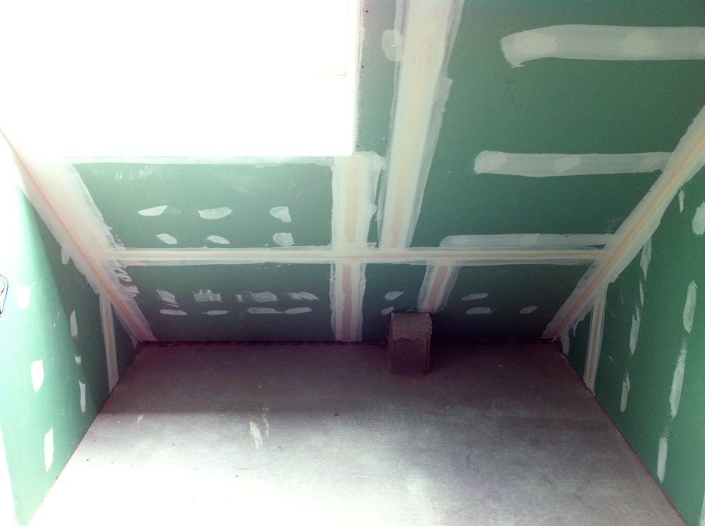 salle de bain sous pente avec baignoire la pe e maison dans le vig bergheim - Petite Salle De Bain Sous Comble Avec Wc